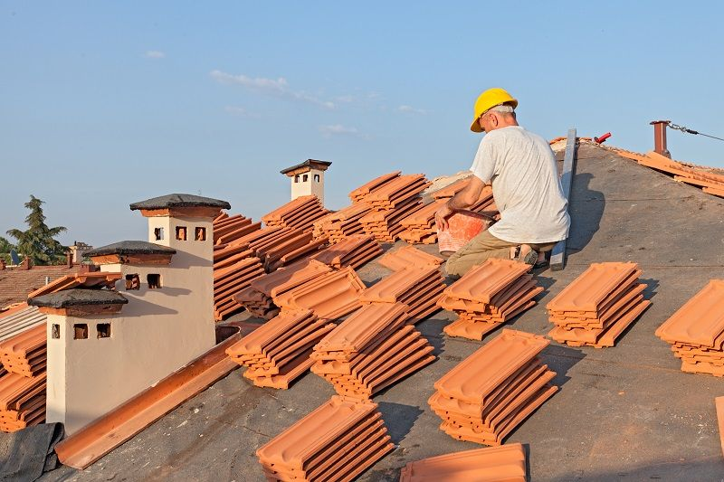 How To Hire Yourself The Best Roof Repairs Company? in 2020 | Roof  restoration, Roof installation, Roof maintenance