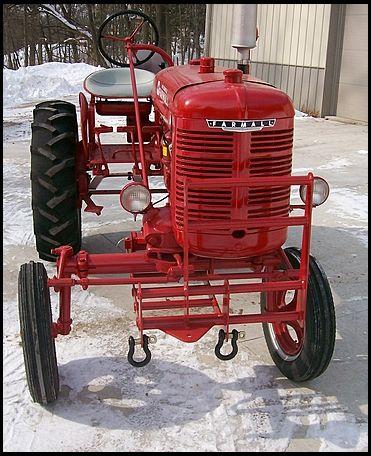 Old Tractors For Sale : tractors, Farmall, Cultivision, Mecum, Auctions, Farmall,, Tractors,, Antique, Tractors