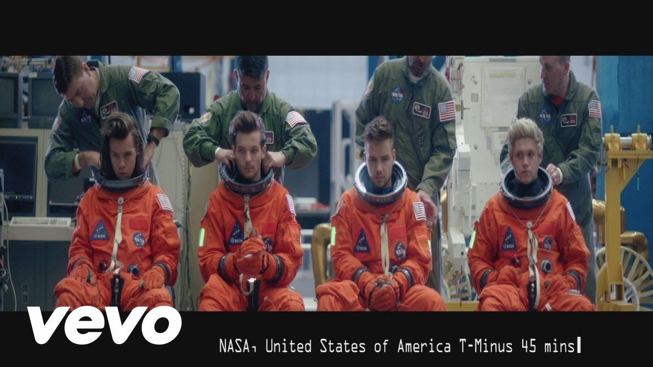 One Direction's new single Drag Me Down is out now! iTunes