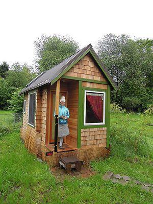 家賃ゼロ ローンなし 自作のスモールハウスで優雅に暮らす Naver まとめ Small House Cute House Mini House