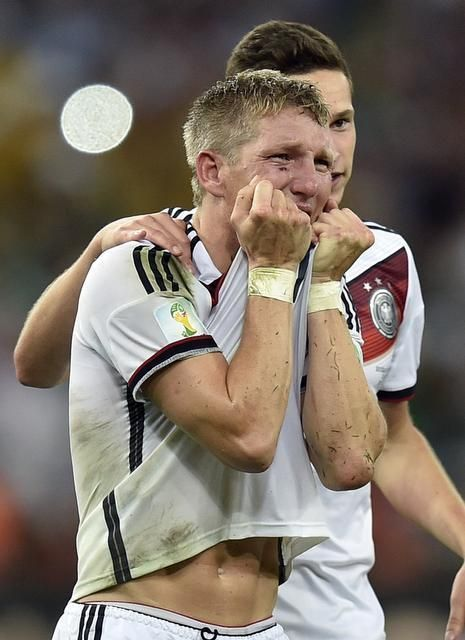 Germany S Bastian Schweinsteiger Cries After The World Cup Final Soccer Match Between Germany And A Germany Football Team Schweinsteiger Bastian Schweinsteiger