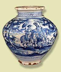 Jar / Jarrón  1700-1800, Talavera   de la Reina, Spain  Museu de Ceràmica, Barcelona