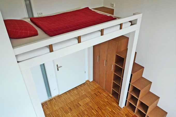 Hochbett und Regal-Treppe  Boy room  Pinterest ...