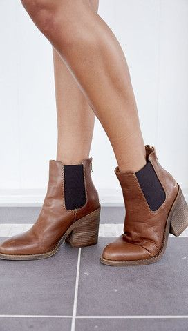 Boots, Stunning shoes