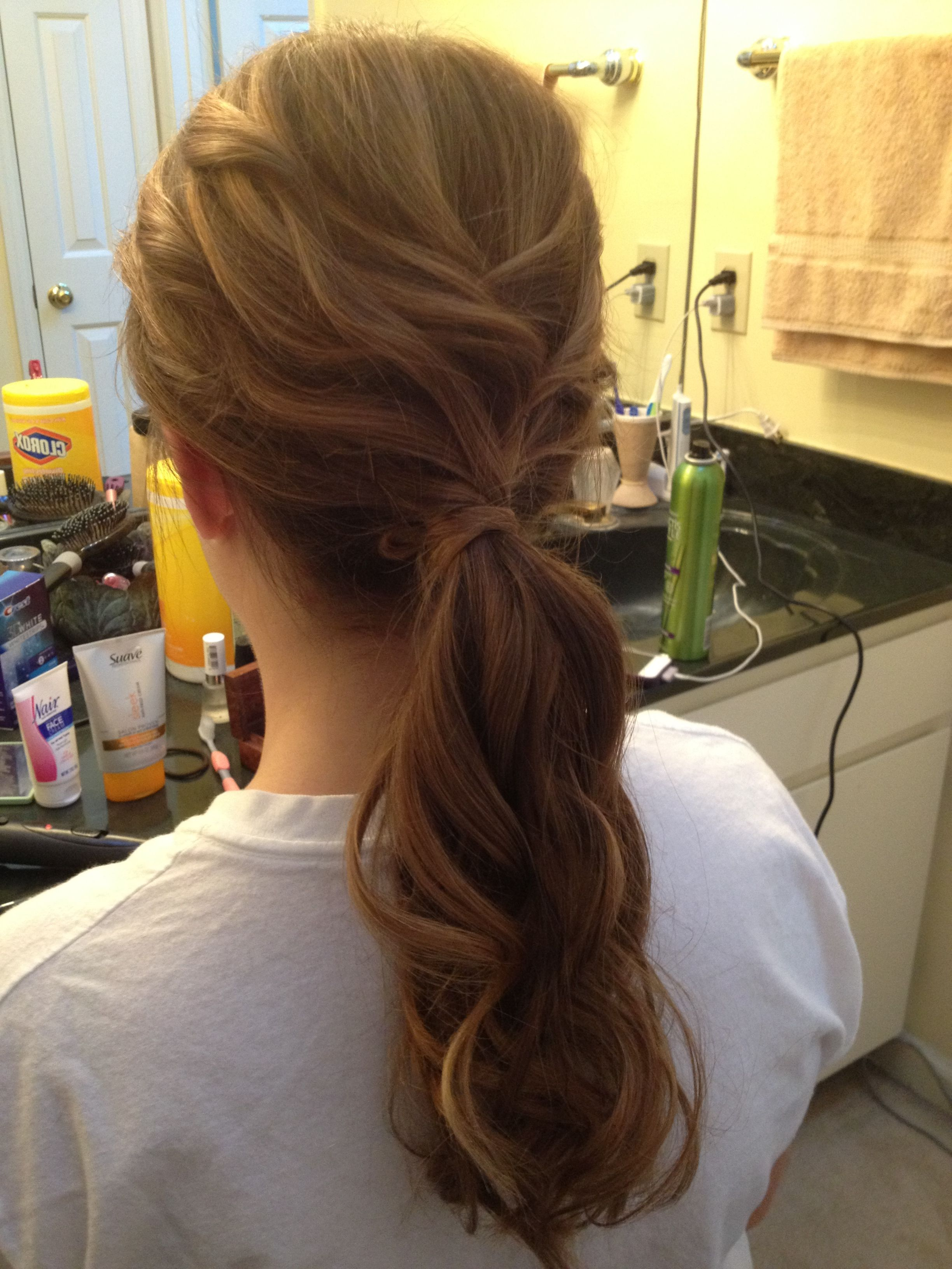Curly low ponytail formal hairstyle formal hairstyles pinterest