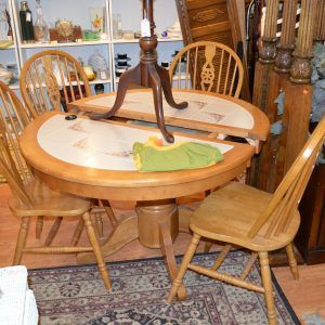 Round Kitchen Table With Ceramic Tile Top