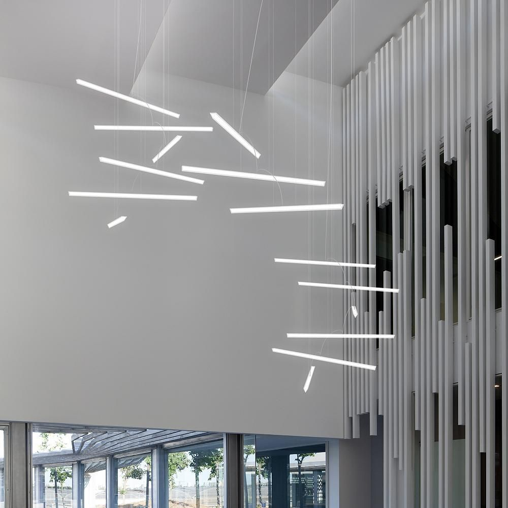 Modern White House With Integrated Angles And Corners: Halo 6-Bar Linear Suspension In 2019