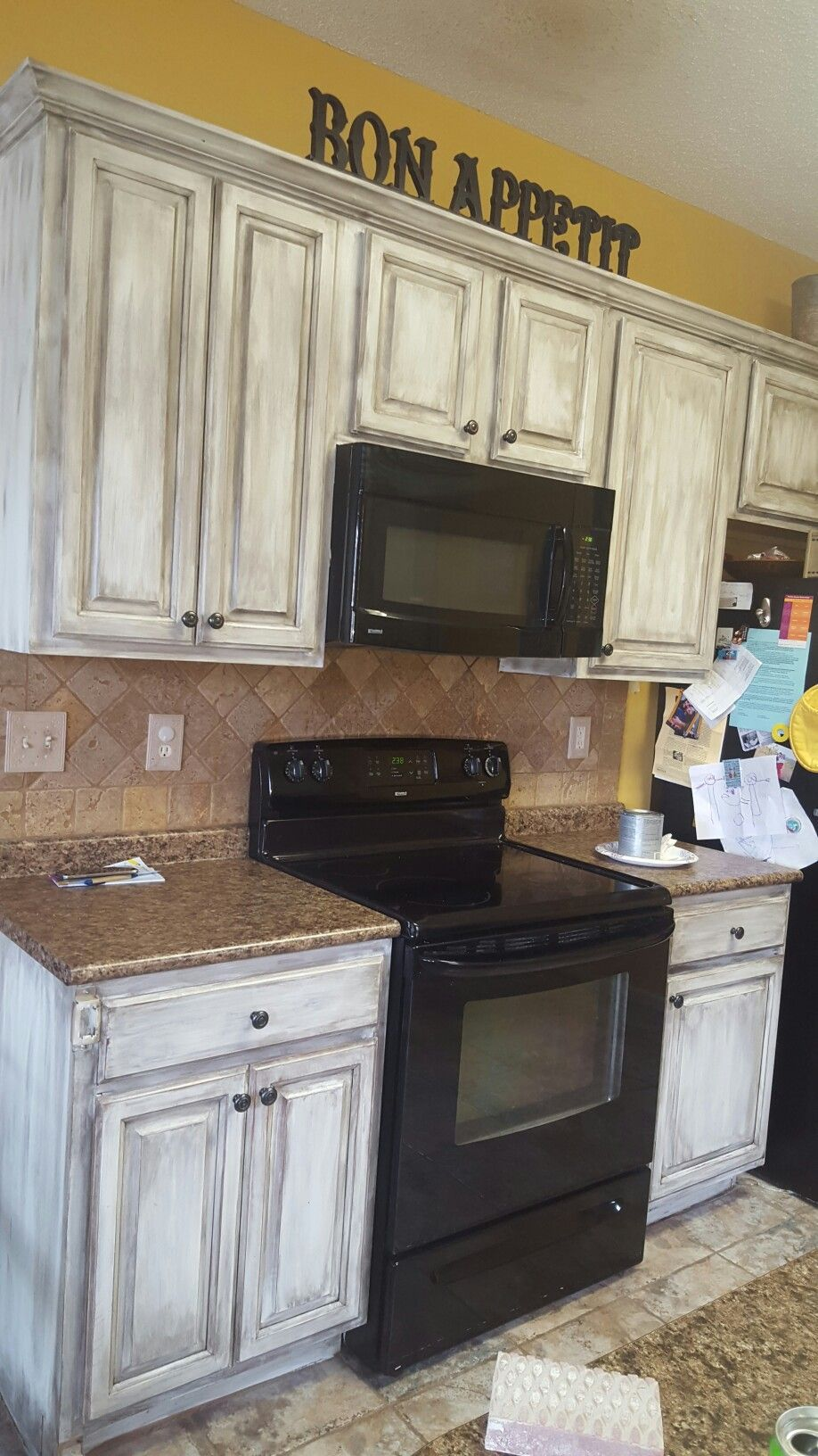 Distressed Kitchen Cabinets Are Achieved By A Quick And Easy Faux Finish Technique You Can Do In A Matter Of Hours Transform Your