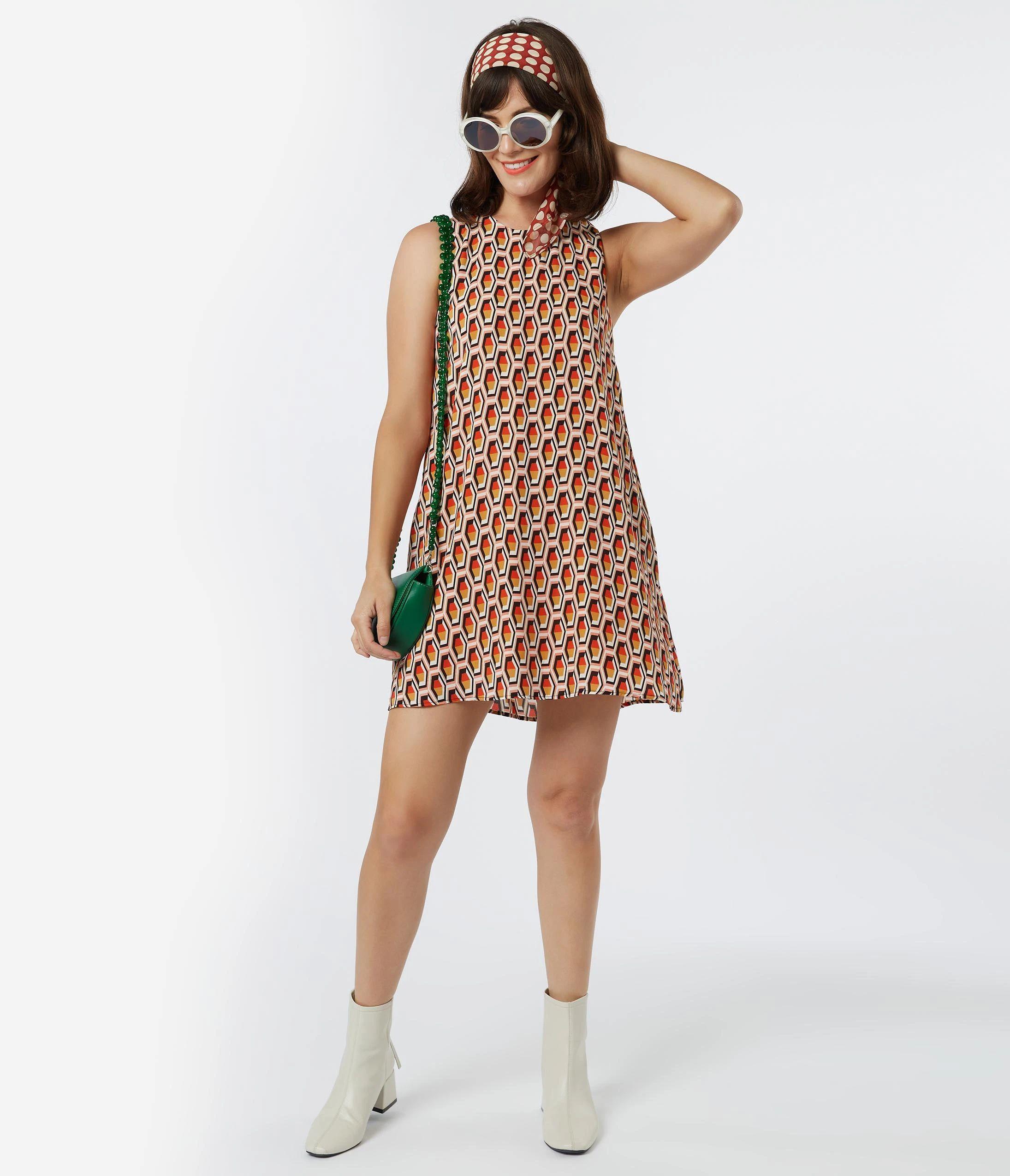 60s Dresses 1960s Dresses Mod Mini Hippie 1960s Fashion Printed Shift Dress Shift Dress [ 2550 x 2190 Pixel ]