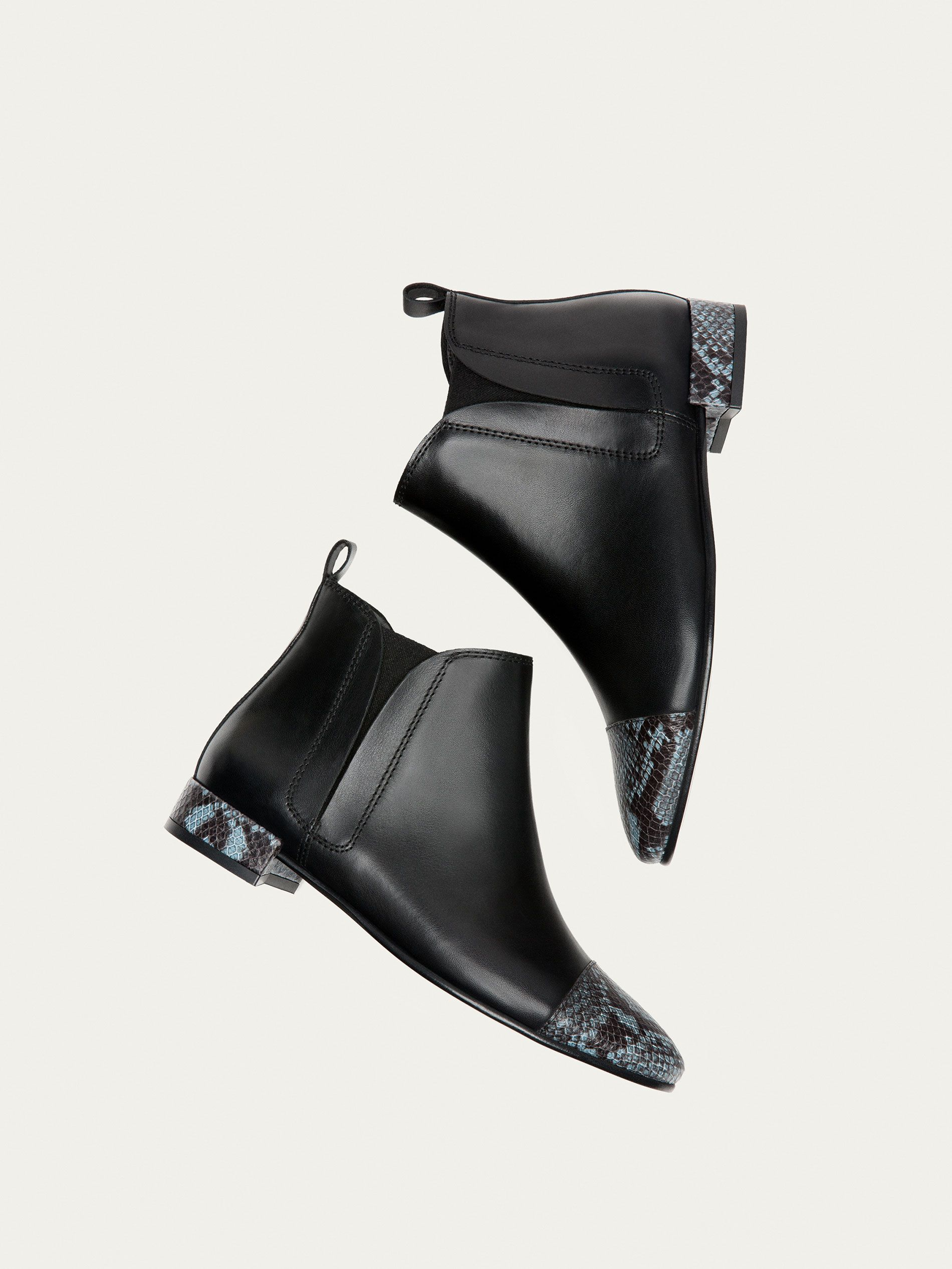 e4bf2359d54f Fall Winter 2017 Women´s CONTRASTING ANIMAL PRINT LEATHER ANKLE BOOTS at Massimo  Dutti for