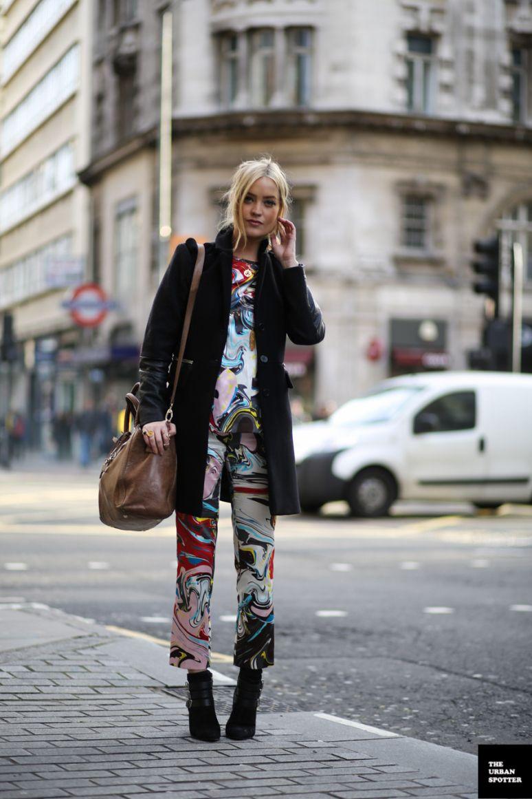 Mixed Colour Suit [via theurbanspotter] #SS14 www.blueisinfashionthisyear.com
