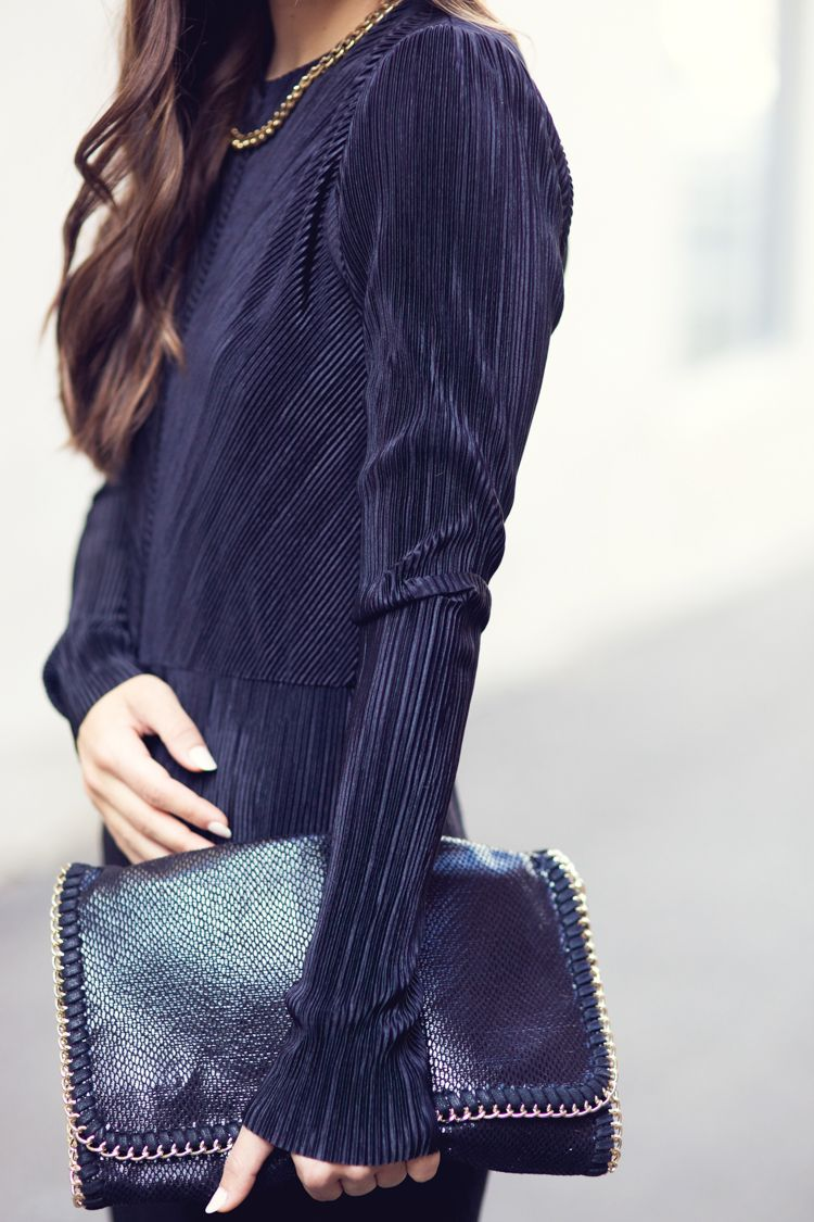 Black long sleeve maxi dress with slits zara fall winter
