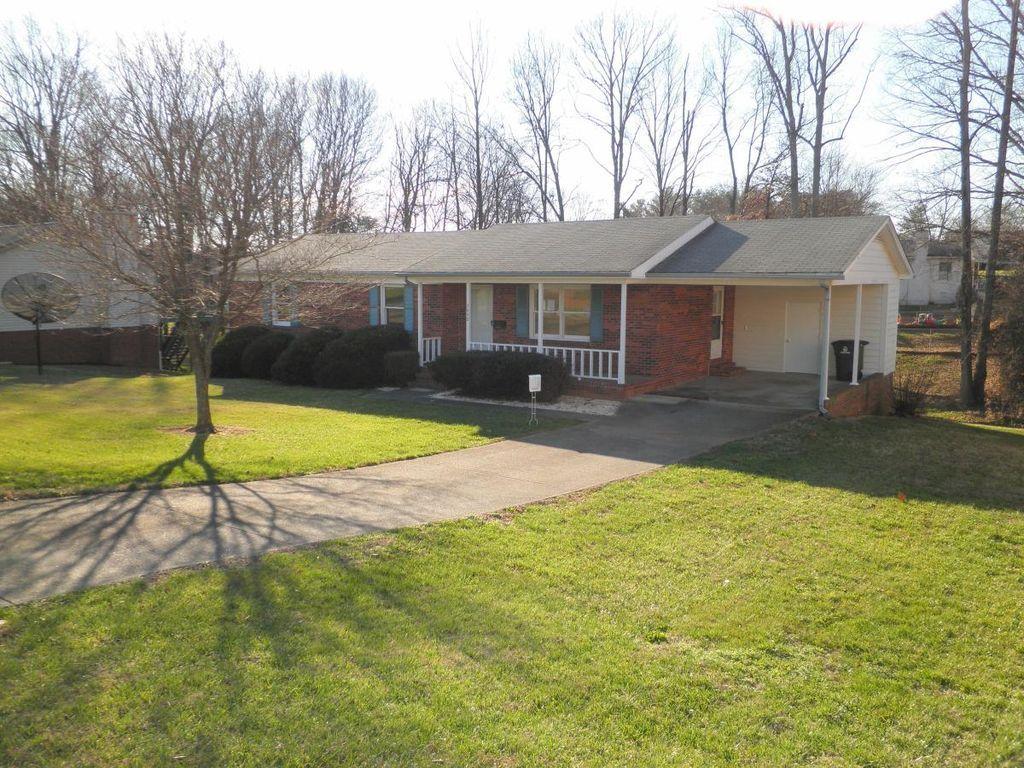 3640 Shaw Rd Winston Salem Nc 27105 Zillow Winston Salem Zillow Outdoor Structures