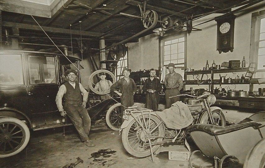 model t ford forum: old photos - a neat old time repair shops w/a