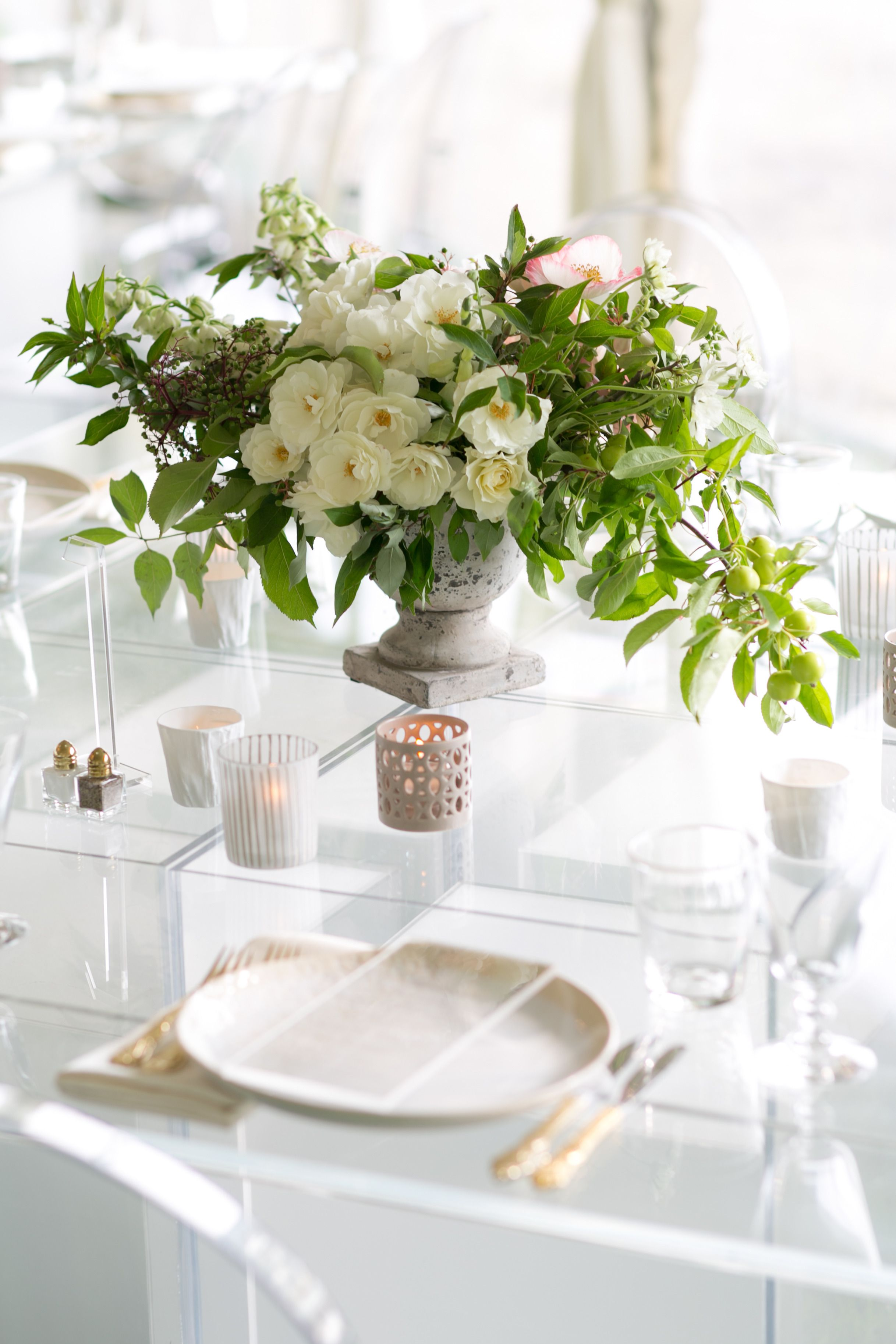 The Kerchum Residence Is A Perfect Mix Of Modern: Table Decorations, Inspiration, Sweet Home