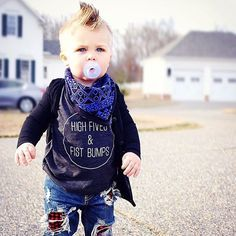 High Fives & Fist Bumps baby tee - Little Beans Clothing @raising_ezra_cade Hipster baby, kids fashion, kids graphic tee.