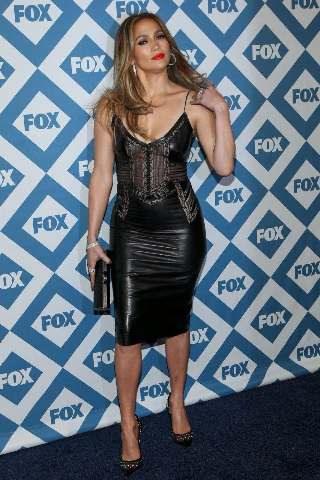8a4198d4d5 Jennifer Lopez kicked off