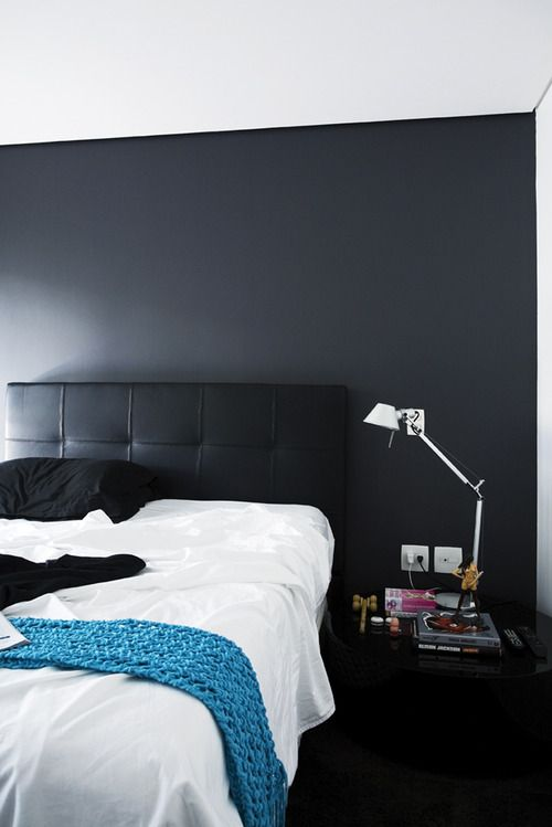 Pin By Nattylady On Interieurs De Reve Black Accent Walls Bedroom Makeover Bedroom Inspirations