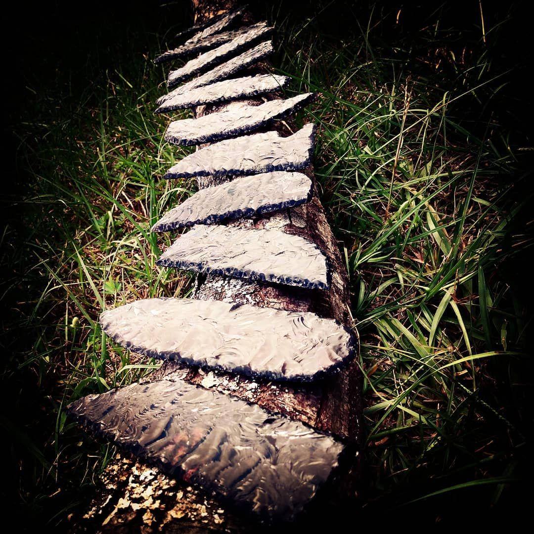 Obsidian blades for days! #norse #norsepaganism #norsepagan #heathen #heathenart #handmade #asatru #athame #ritualblade #crystals #gemstone #obsidian #pagan #pagancrafts #paganism #witch #heathensofinstagram #pagansofinstagram #witchesofinstagram #jewelry #wirewrappedjewelry #pendant