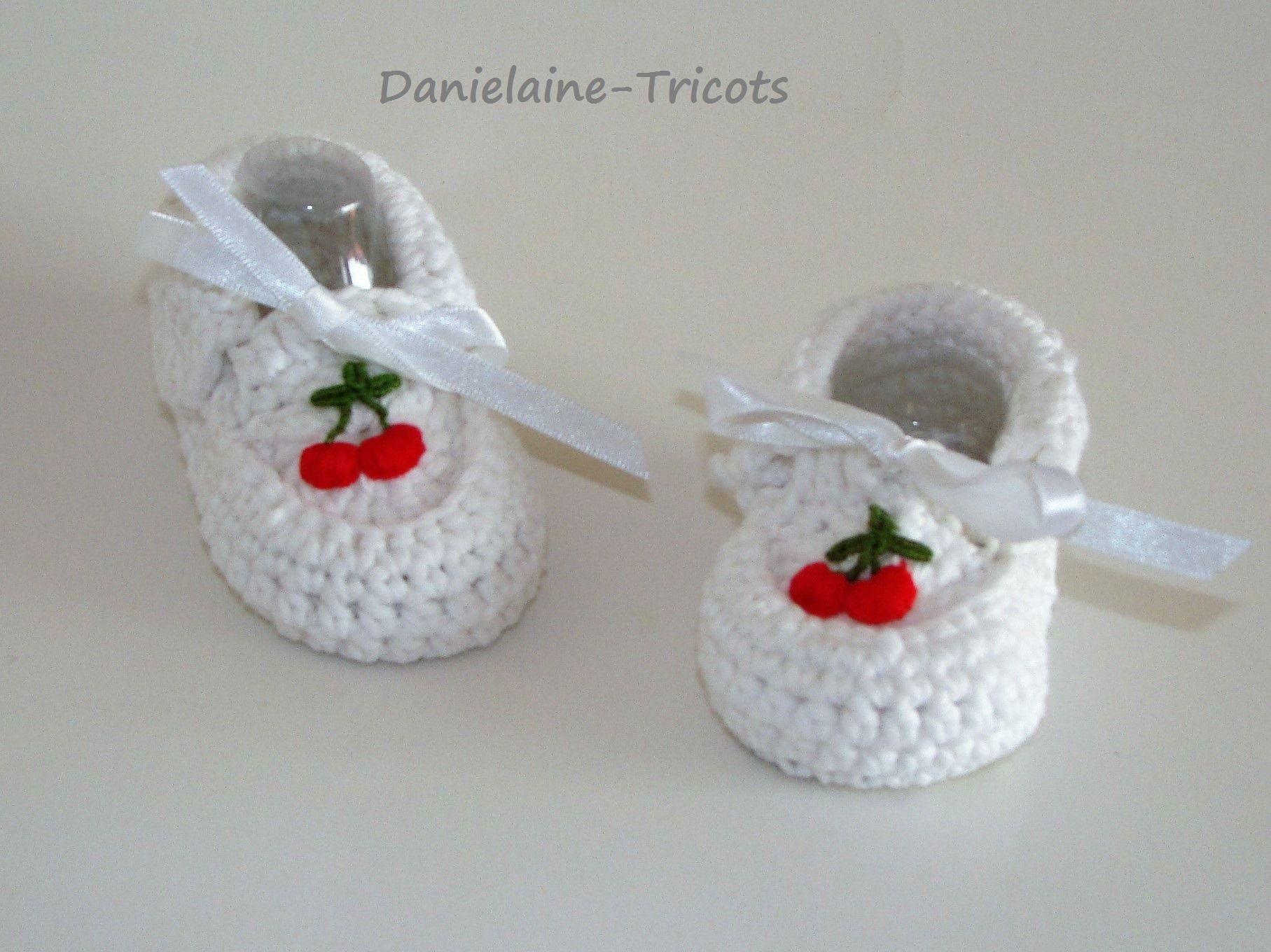 Chaussons mocassin crocheté en coton blanc pour bébé 0 à 3 mois, @Danielaine : Mode Bébé par danielainetricots