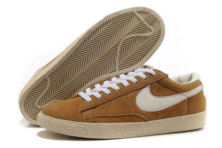 FR62oU]-Chaussures Pour Homme Nike Blazer Low Suede Vintage Brun ...