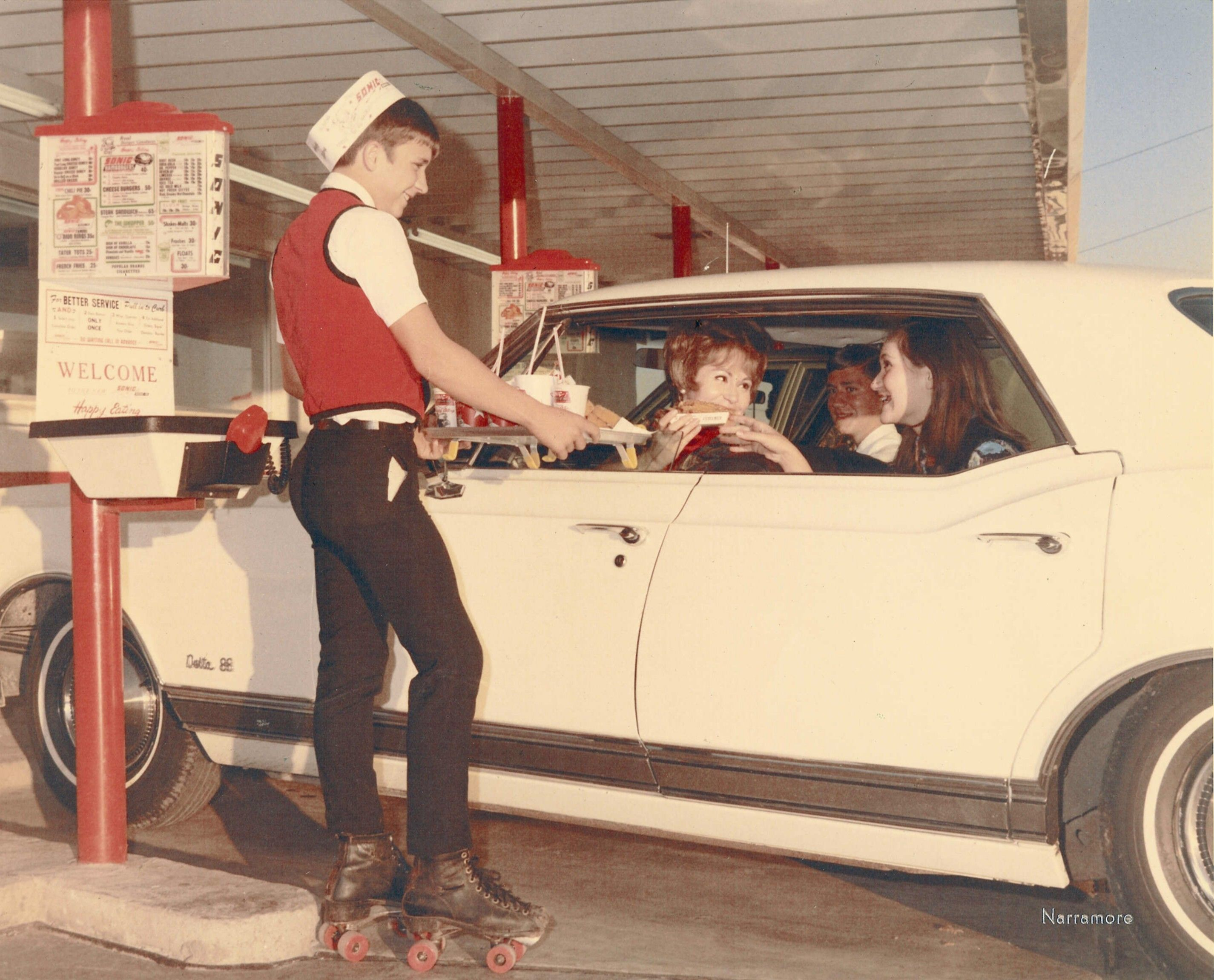 Sonic Carhop And Customers From 1967 A Blast From The Past