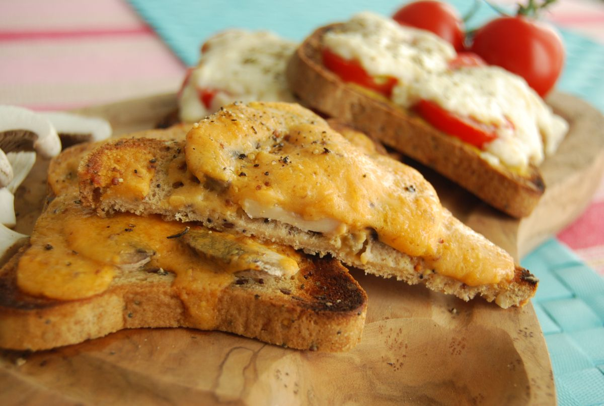 Vegan Welsh Rarebit Two Ways – Mushroom and Tomato