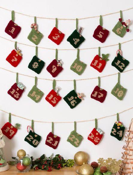 Red Heart® Gift Pockets Advent Calendar #christmas #craft #pattern