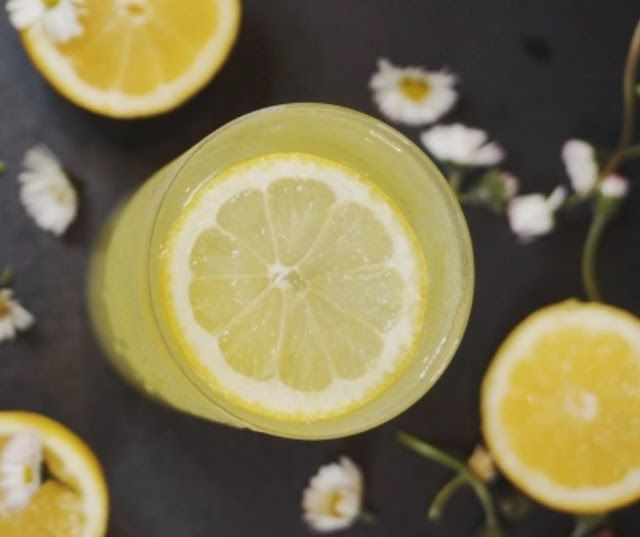 Sparkling Limoncello Cocktail #drinks #cocktails #limoncellococktails