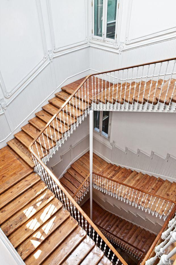 Escaleras de la Casa Palacio Atocha 34 donde será Casa Decor 2016