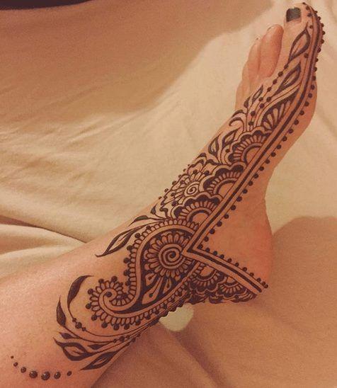 Foot Henna Art – 50 Beautiful Mehndi Designs for Feet