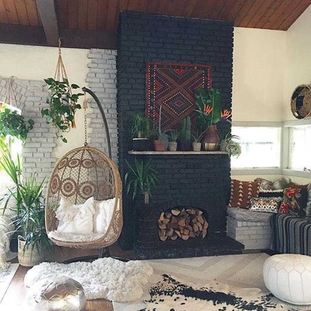 51 Comfortable Urban Bohemian Living Room Design