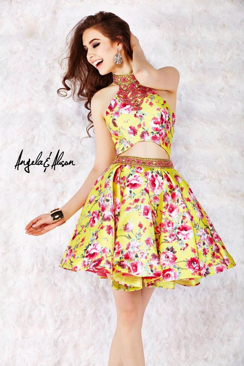 Have fun in this yellow floral girligirl homecoming gorgeous