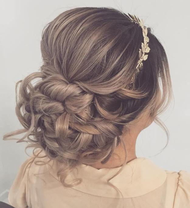 Griechische Gottin Inspiriert Frisuren Fur Fashionistas Griechische Frisuren Sind Vertraumt Frauen A Haar Styling Frisuren Mit Stirnband Frisur Hochgesteckt