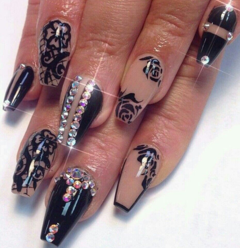 35+ Stunning Nail Art Ideas to make your manicure shine