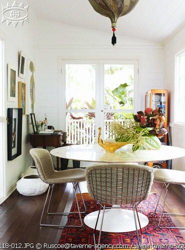 Saarinen table and Bertoia chairs. Prue Ruscoe