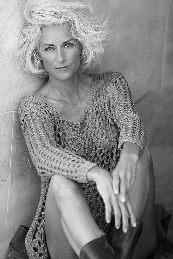 Management: SILVER Agentur für Top Models über 40 Jahre in Paris -