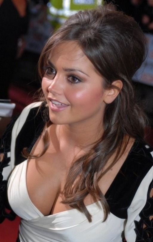 hot Jenna louise coleman