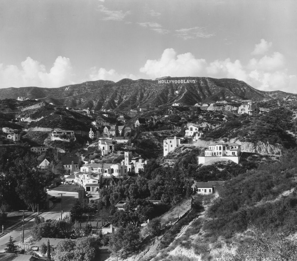 The Famous Hollywood Sign Originally Reading Hollywoodland Last Four Letters Were Removed In 1949