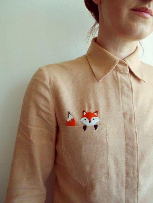 21 Blusas que combinan la formalidad y la creatividad