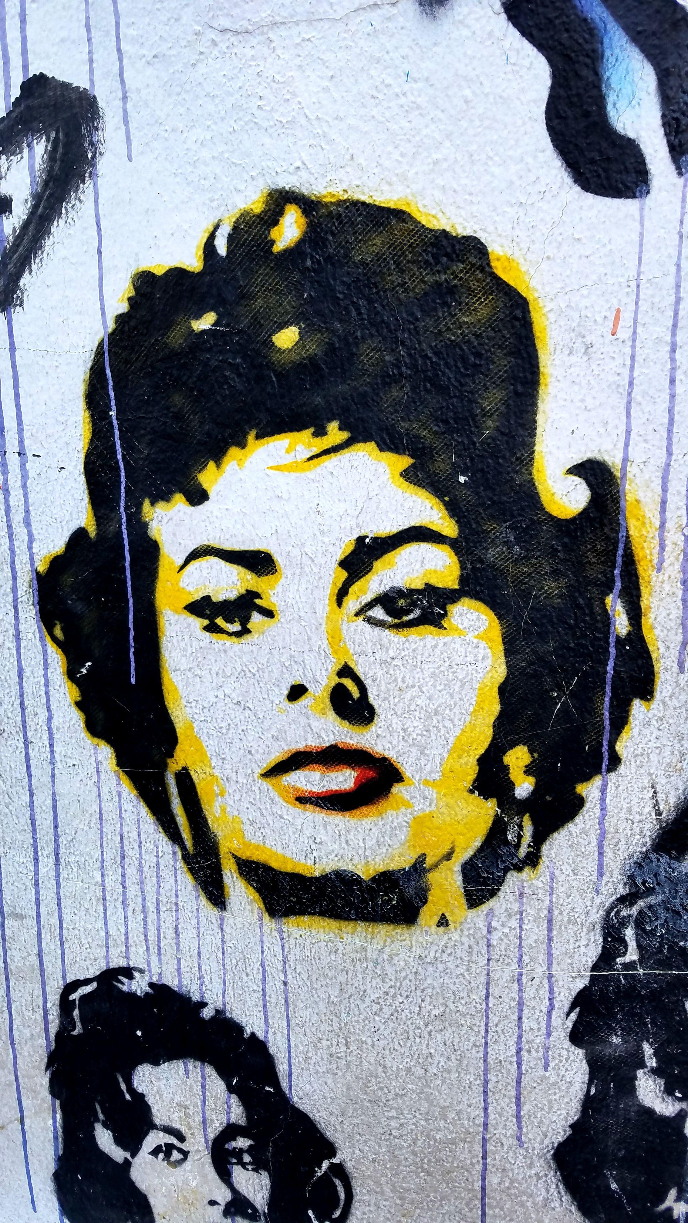 São paulo brasil street art u graffiti sophia lauren you look