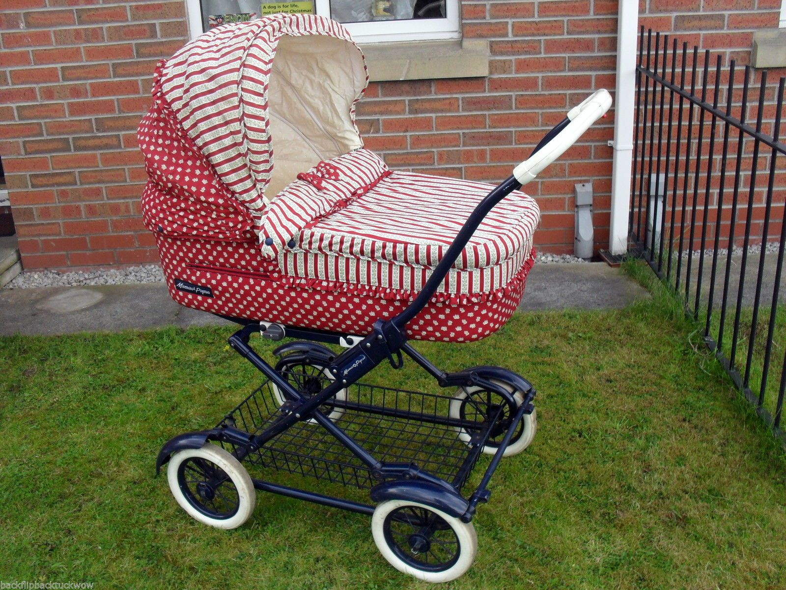 MAMAS PAPAS RED STRIPED VINTAGE OLD STYLE PRAM PUSHCHAIR BUGGY CANOPE MUFF