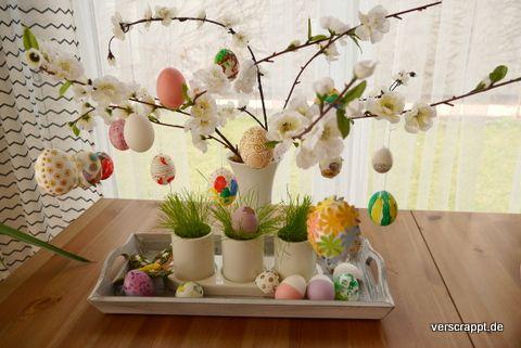 ostern dekoration eier kaputt zerbrochene ei deko ostergras gras nest ausgeblasen bemalt. Black Bedroom Furniture Sets. Home Design Ideas
