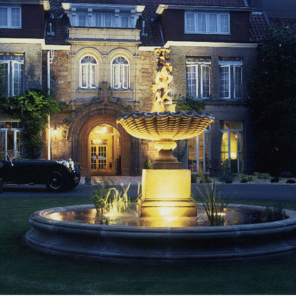 Scallop Shell Fountain With 320cm Circular Pool Surround From Triton Stone  · Garden Water ...