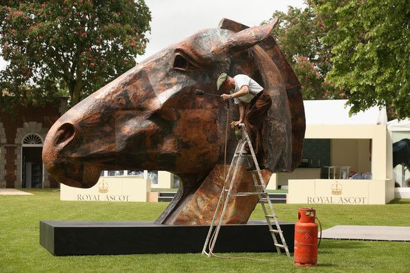 Nic Fiddian-Green in Sculptures Arrive at the Ascot Racecourse