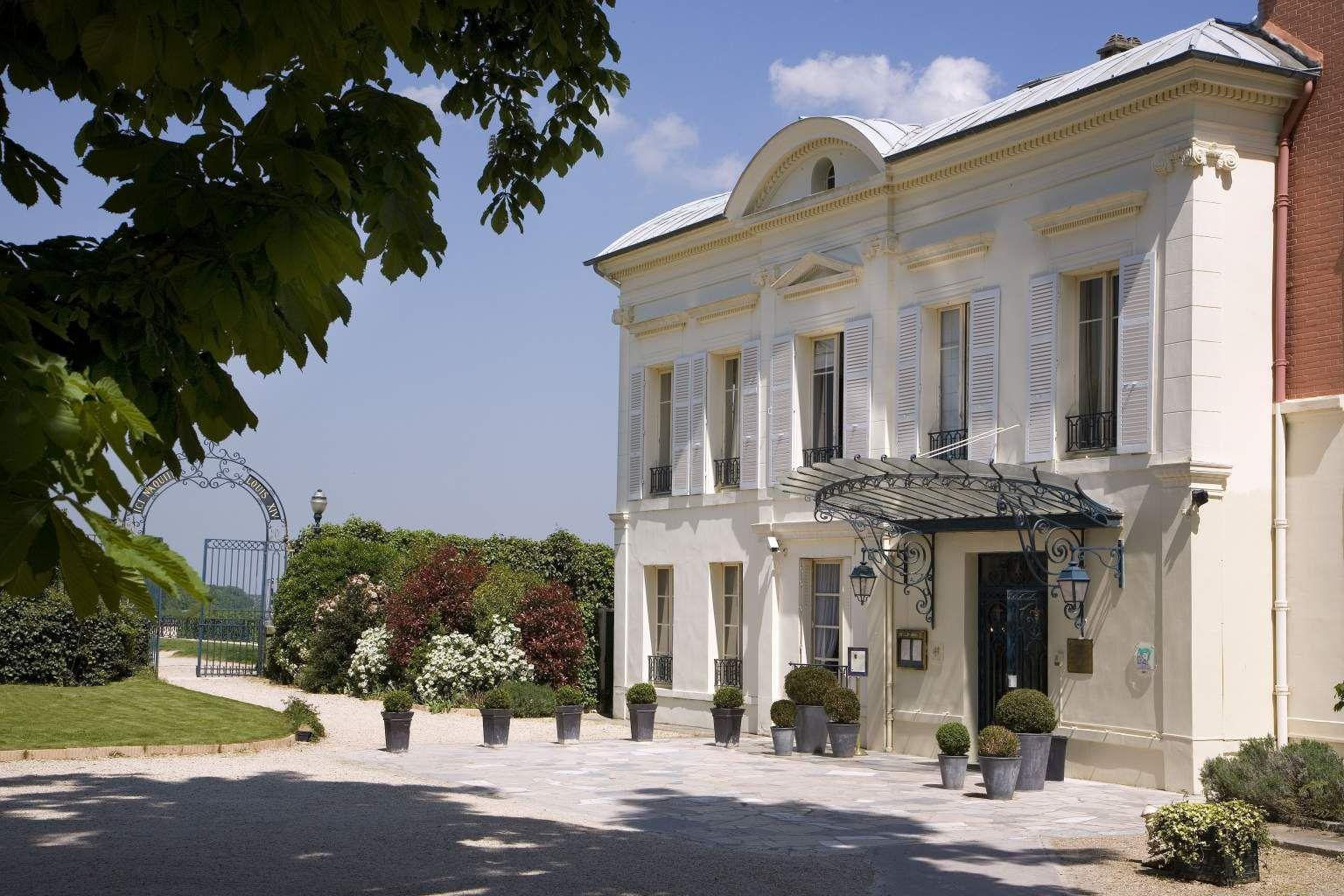 Pavillon Henri 4 Hotel Hotel Saint Germain En Laye Official