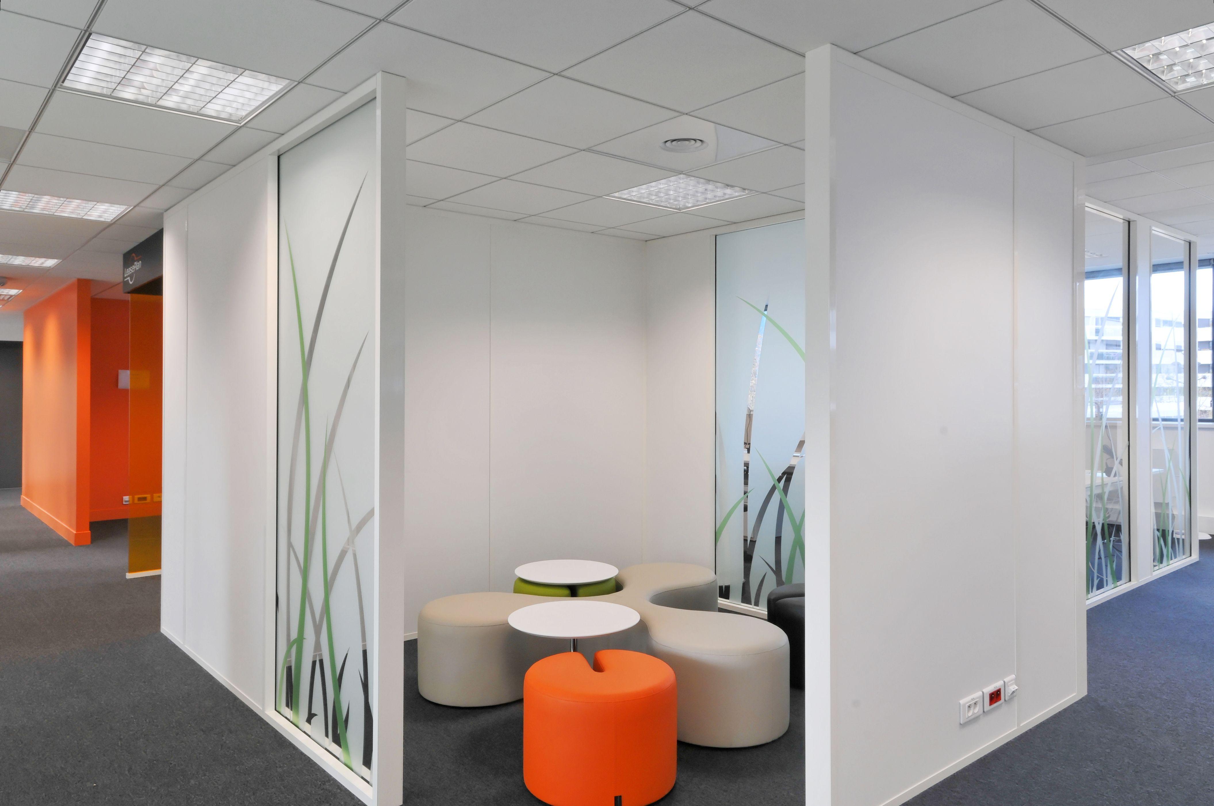 Cube agencé par Cléram style design bureau architecture