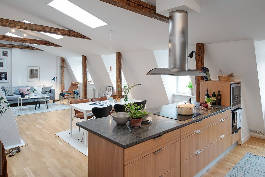 Charming Penthouse With Beautiful Wood Beams