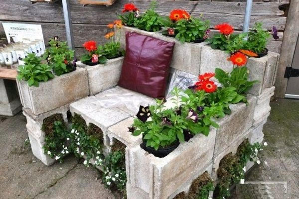 Garden Ideas Blocks Chair Flowers Cinder Block Garden Garden Features Garden Chairs