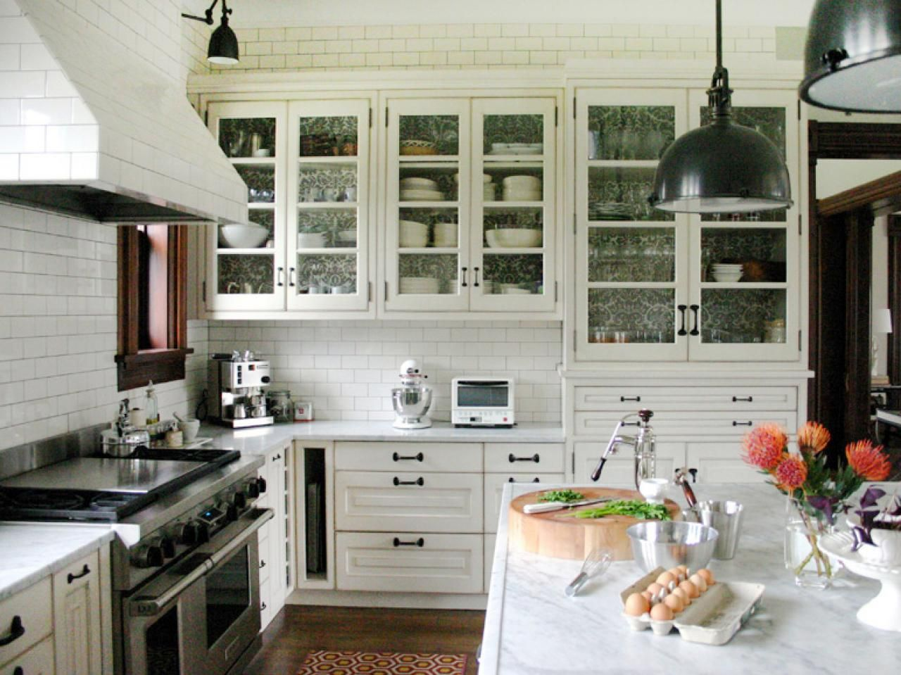 French country kitchens hgtv french country kitchens for French country kitchen ideas